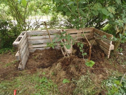 Compostbakken maken van oude pallets