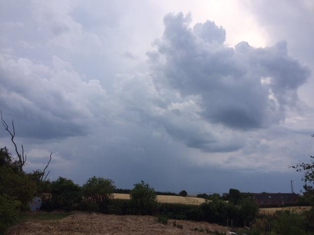 IMG_8921 regenwolken